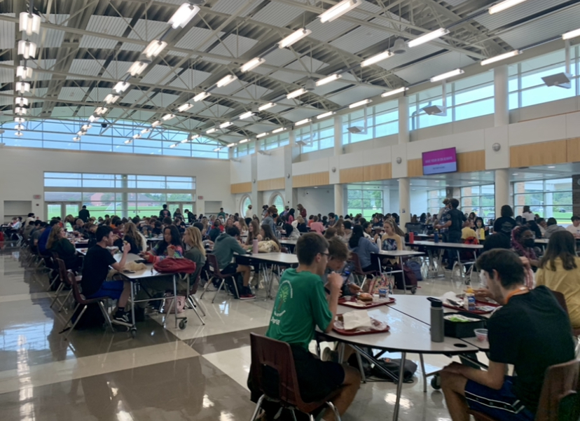 Changes in the Cafeteria: Return of Tables